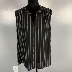 Nine West, Size 14 sleeveless top, blk & white